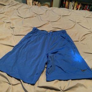NIKE DRI-FIT Men's Blue Basketball Shorts. Size Sm